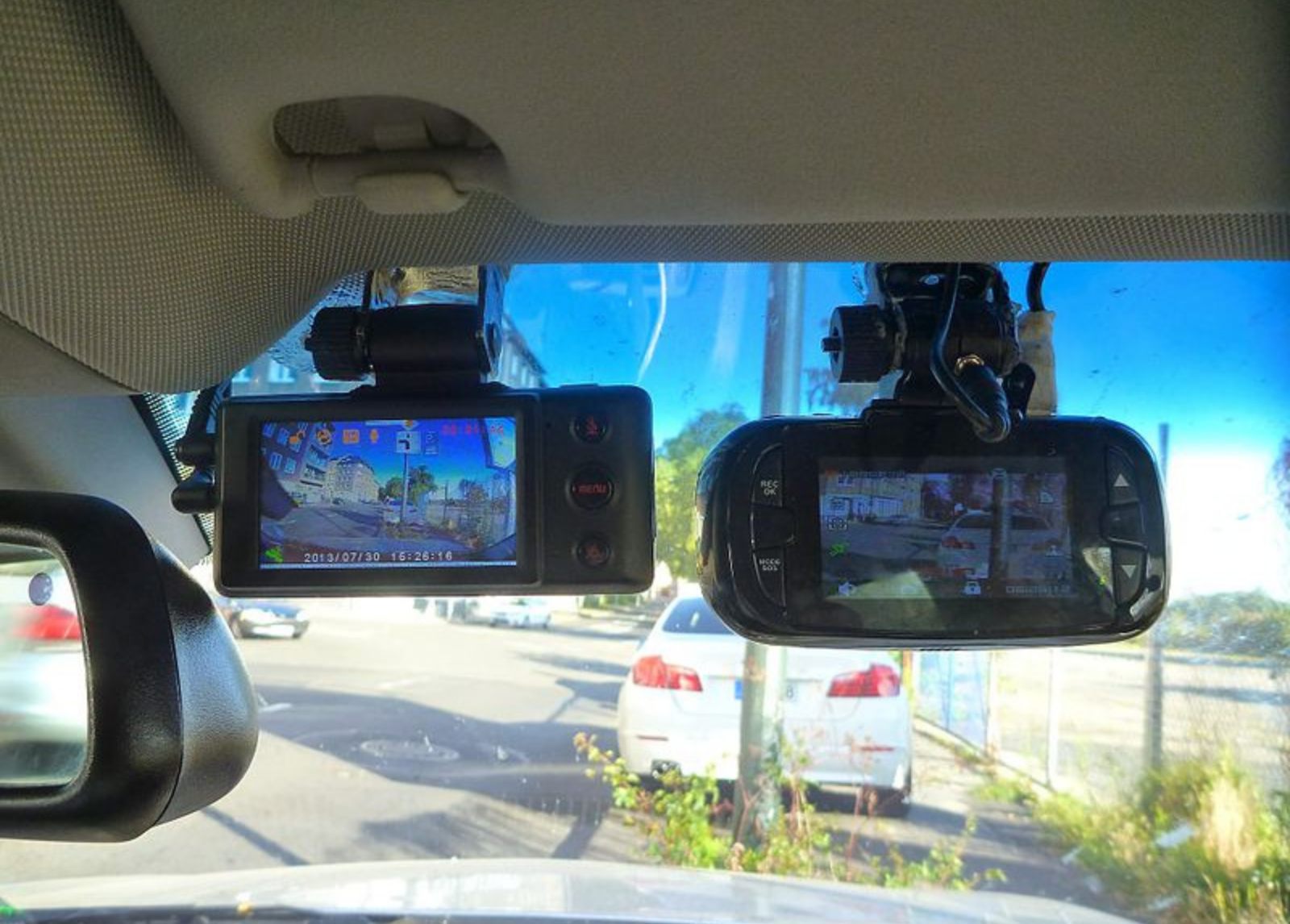 Why A High-End Dash Cam Is An Excellent Investment For Your Car?